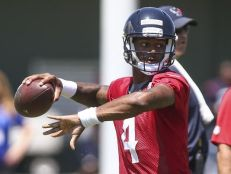 636329751955229733-USP-NFL-Houston-Texans-OTA