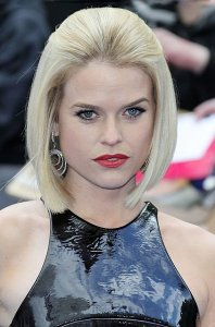 395px-alice_eve,_men_in_black_3,_2012_(crop)8813516990577772680..jpg